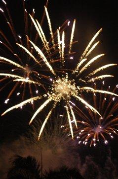 fireworks-in-ayalaedt1