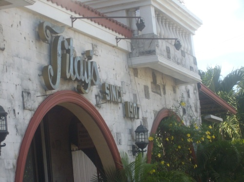 Titay's Liloan Rosquillos and Delicacies: The first stop over when you go North of Cebu.