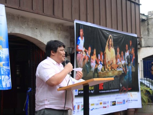 """The """"Heartist"""", Joey Velasco shares about his art."""